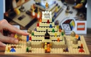 leog-pyramid1